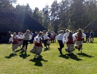Tradicional dança Tallin