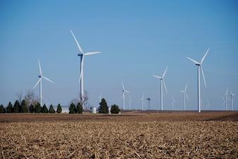 turbinas máquinas agrícolas moinhos de vento a energia eólica