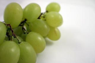 uvas verdes, saudáveis