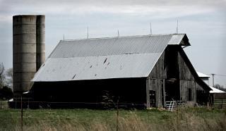 velho celeiro rural