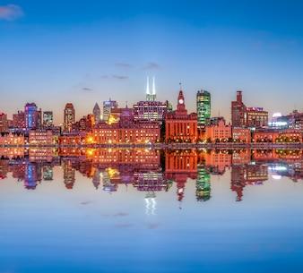 Viagem financeira de Xangai luz chinesa antiga