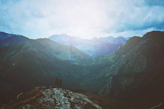 Viagens e natureza nas montanhas.
