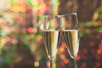 Vidros do champanhe brinde
