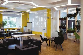 Vista do escritório moderno