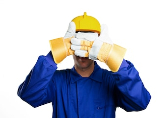 Angst Arbeiter für seine Augen auf weißem Hintergrund