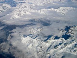 Berge aus dem Flugzeug gesehen