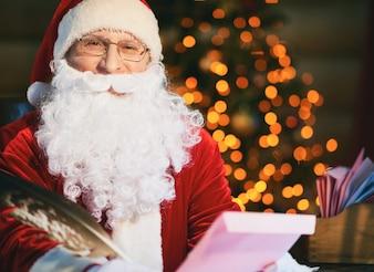 Dezember Feier glücklich Santa mail