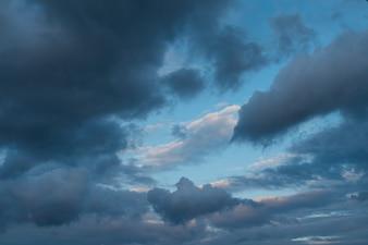 Dramatischer Himmel