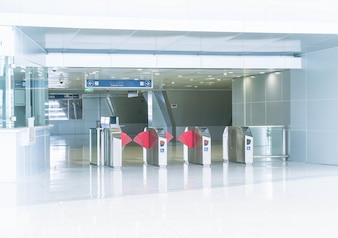 Drehkreuz am Eingang zur U-Bahn