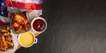 Fast Food Konzept mit Platz auf der rechten Seite