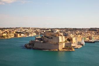 Fort von Vittoriosa und großem Hafen