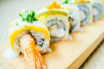 Garnelen oder Garnelen Sushi