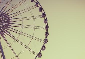 Gealtertes und warmes Jahrgang Foto von Riesenrad