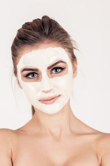 Haut gesunde Frau junger Erwachsener