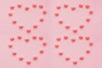 Herzen aus Süßigkeiten gemacht