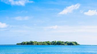 Insel gesehen aus der Ferne