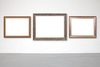 Klassischer Rahmen auf weißem Zement Wand in Showroom und Galerie.
