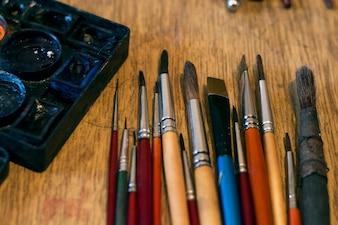 Künstlerpinsel im Atelier