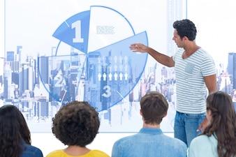 Lässig Mitarbeiter lange Haare Führungskräfte erklären