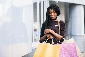 Mädchen schöne Taschen glücklich amerikanisch