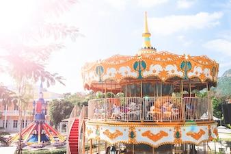 NAKORN-RATCHASRIMA, THAILAND - 13. DEZEMBER: Szenische Welt Khao-Yai am 13. Dezember 2016 in Nakorn-Ratchasrima, Thailand. Es wurde für Touristen in Khao-Yai gebaut, neue Punkt Touristenattraktion und Check-in.