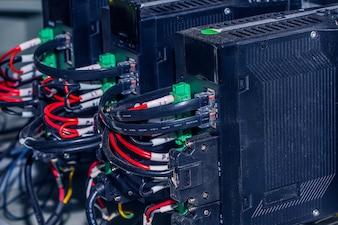 Neue Control-Panel mit Leistungsschalter