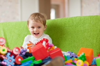 Porträt von dreijährigen Kind