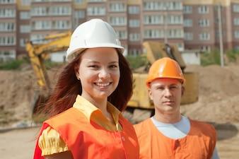 Porträt von zwei Bauherren