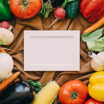 Rahmen und Gemüse