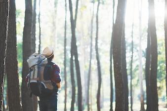 Relax Abenteuer Lifestyle Wandern Reise Konzept Hintergrund.