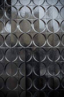 Runde Muster auf Blech