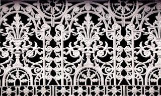 Schmiedeeisernen Zaun, lackiert