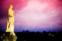 Sonnenuntergang Statue