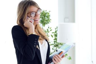 Telefon Frau Menschen schöne Planung
