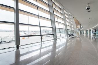 Terminal Glasarchitektur Walking Business