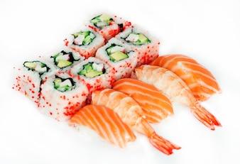 Traditionelle japanische Sushi und Maki
