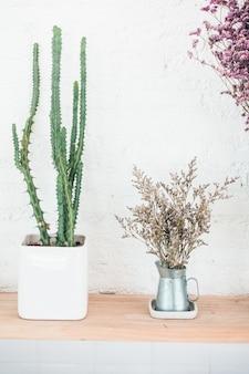 Vase Pflanzendekoration Innenraum des Raumes