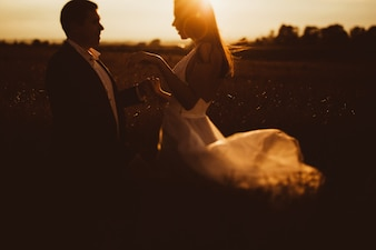 Weiblichen Park niedlichen Hochzeit Porträt