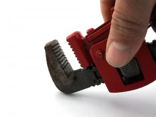 Pipe wrench, skill