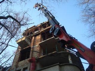 construction crane  equipment