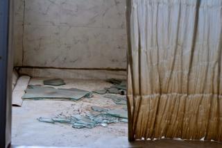 Abandoned, curtain