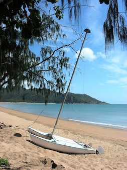 Bay horseshoe magnetic queensland island australia