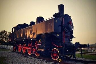 美しい古い蒸気機関車 - 機関車。オーストリア - ヨーロッパ。