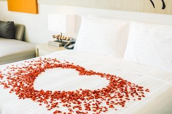 Bedroom flower room bed clean