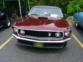 Burgundy Ford Mustang, oldcar