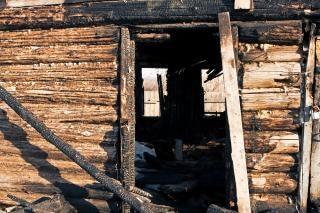 burnt house, disaster