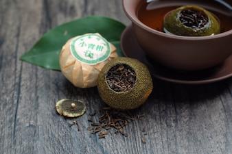 Chinese green orange puer tea(Chinese text:green orange tea)