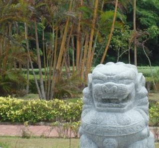 chinese lion garden feature