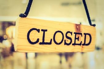 Close sign