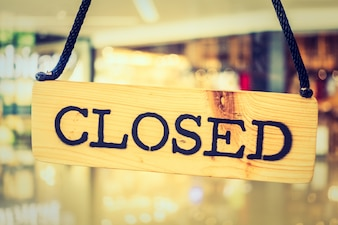 Closed sign of a restaurant